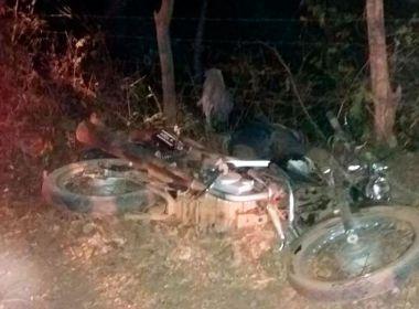 Riachão das Neves: Casal e filho de 3 anos morrem em batida entre moto e caminhonete