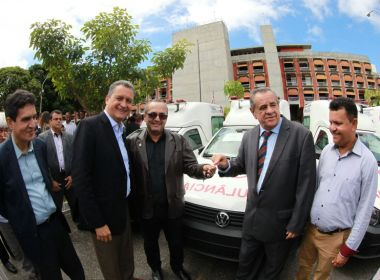Saúde no interior: Novas ambulâncias foram entregues a 22 municípios