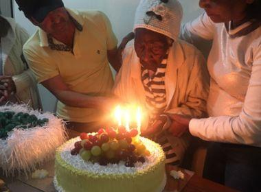 Conquista: Idosa 'apaga velas' e comemora 112 anos
