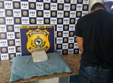 Conquista: PRF-BA apreende um foragido da Justiça e jovem com tablete de maconha