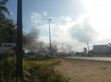 Conceição do Jacuípe: Manifestação bloqueia BR e cobra instalação de equipamento