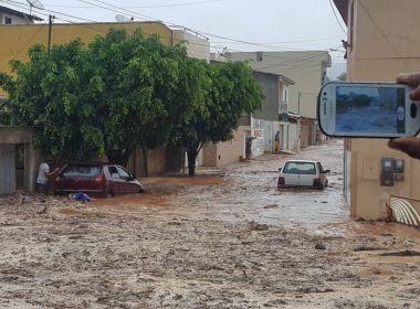 Chuvas causam alagamentos em Caetité; Jequié e Tanhaçu também têm temporais