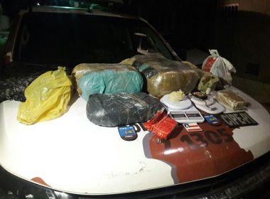 Camaçari: Após denúncia, três são presos com 20 kg de drogas