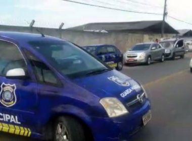 Porto Seguro: Taxistas confundem turistas com Uber e atacam veículo duas vezes