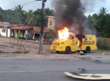 Carro-forte é explodido na BR-110, entre Catu e Alagoinhas