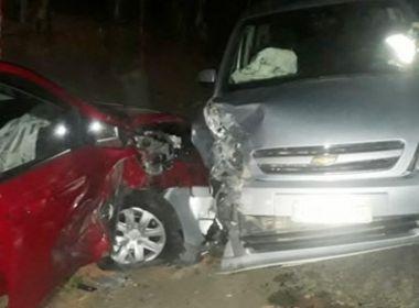 Itamaraju: Motoristas ficam feridos após batida frontal na BR-101