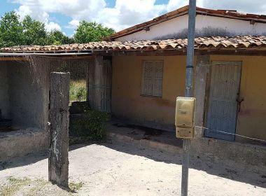 Dias D'Ávila: Pai de santo e outros jovens são mortos em área de terreiro