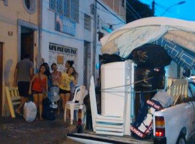 Estudantes de Nova Redenção são despejados de imóvel em Salvador