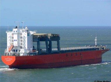 Marinha resgata tripulante de navio de Hong Kong com suspeita de infarto