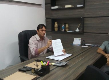 Formosa do Rio Preto: Prefeitura é invadida em 'segunda posse' de prefeito afastado