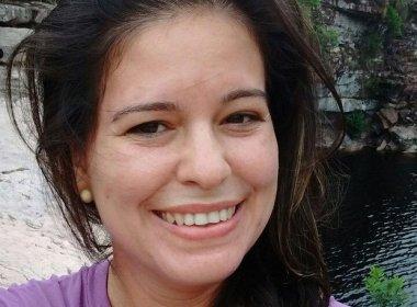 CORPO DA PROFESSORA ASSASSINADA COM 20 FACADAS FOI ENTERRADO EM PÉ DE SERRA