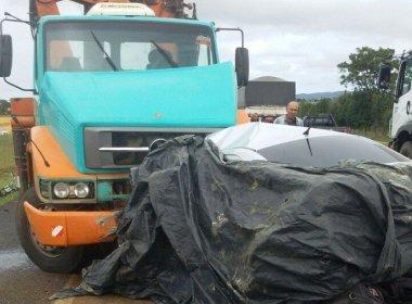 Jaguaquara: Homem morre em batida de carro com caminhão