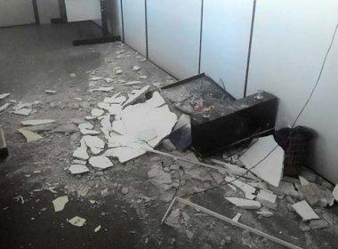 Itabuna: Defesa civil interdita juizado especial após teto de prédio desabar