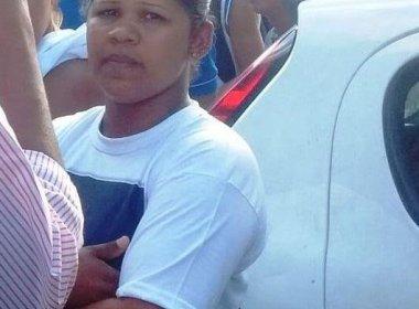 Camaçari: Polícia procura mãe acusada de encomendar morte do filho em troca de sexo