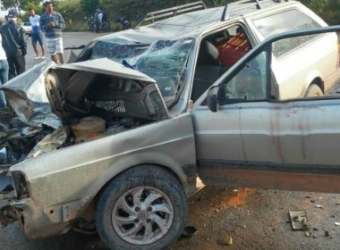 Chapada: Duas pessoas morrem em colisão de moto com carro na BA-142