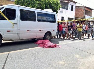 Feira: Motorista de van é morto após cobrar dívida de R$ 1,2 mil