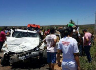 Pai e irmão de noiva morrem em acidente na BR-030 enquanto viajavam para casamento