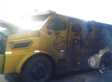 Tucano: Quadrilha explode carro forte e não encontra nada