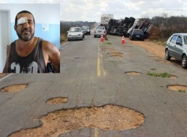 Caminhão tomba depois de motorista tentar desviar de buracos na BA-409