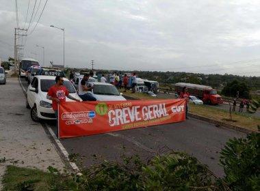 Protesto fecha Via Parafuso e outras rodovias em dia de manifestações nacionais