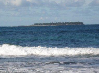 Turista morre após lancha com 14 pessoas virar na Península de Maraú