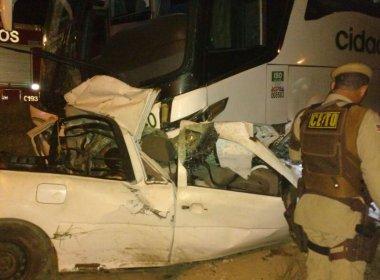 Alagoinhas: Seis morrem em batida de pick-up com ônibus na BR-110
