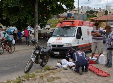 Conquista: Homem anuncia assalto, se assusta, corre e é atropelado por carro