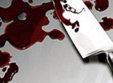 Eunápolis: Homem mata irmão a facadas após discussão na casa da mãe