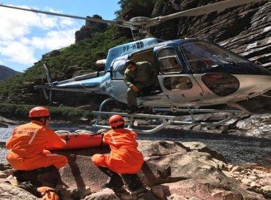 Chapada: Corpo de turista que caiu na Cachoeira da Fumaça é resgatado