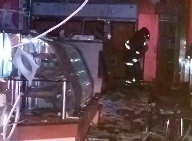 Explosão destrói lanchonete em Juazeiro; suspeita é vazamento de gás de cozinha