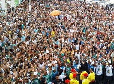 Fiéis: Fiéis católicos participam de 'Caminhada do Perdão'