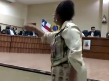 Candeias: Justiça determina volta imediata de professores municipais