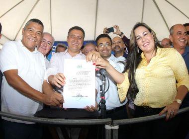 Itamaraju: Rui autoriza obra de 23 km da BA-284 e anuncia policlínica
