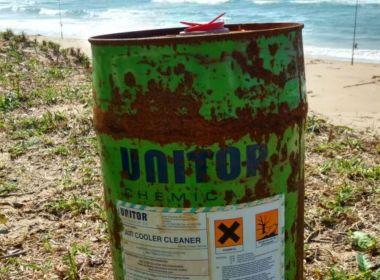 Maraú: Tonel para armazenar substância tóxica é achado em praia