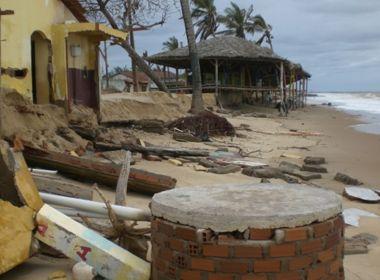 Mucuri: Avanço do mar ameaça orla e faz município decretar situação de emergência