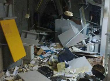 Iuiu: Cerca de 10 homens explodem agência do Banco do Brasil e fogem