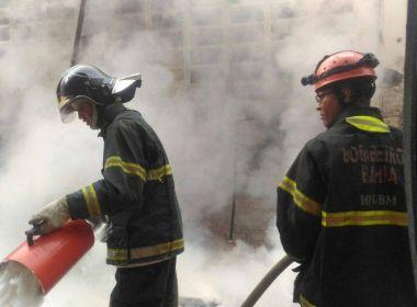 Simões Filho: Incêndio atinge fábrica de embalagens