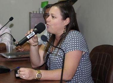 Prefeita de Itiruçu exonera parentes e critica vereador que a denunciou por nepotismo
