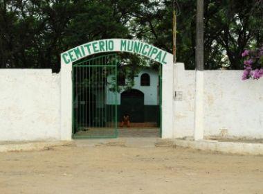 Conquista: Ato que retira mais de 400 corpos de cemitério gera revolta de moradores