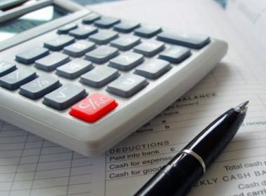 Jaguaribe: TCE desaprova contas de convênios e multa gestor e associação em R$21,4 mil