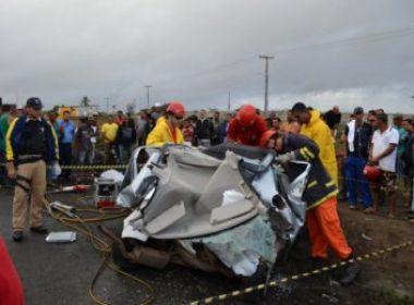 Feira de Santana: Dois jovens morrem em acidente na BR-116