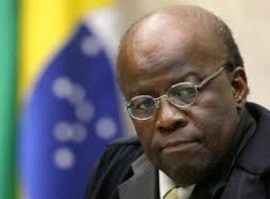 Joaquim Barbosa pede que mulher de jornalista deixe cargo no STF
