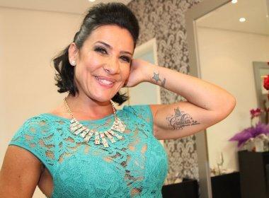 Scheila Carvalho posta foto com filha em salão de beleza: 'cuidar da beleza cansa'