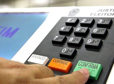 Para evitar violações, urnas eletrônicas são submetidas a testes em Brasília