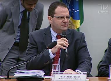 Na Câmara, Barbosa defende ausência de crime de responsabilidade fiscal