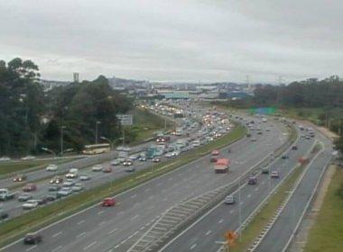 Senado aprova obrigatoriedade de farol baixo de dia em estradas