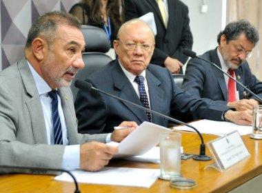 Conselho de Ética recebe na terça relatório do caso Delcídio