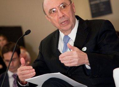 Temer confirma ex-presidente do Banco Central para Fazenda, diz coluna
