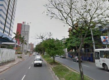 Policial militar reage a assalto, mata suspeito e deixa outro baleado no Stiep
