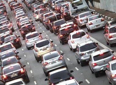 Venda de veículos tem queda de quase 30% no acumulado até abril, diz Anfavea